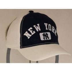 CAPPELLO BIMBO ESTIVO NEW YORK YANKEES