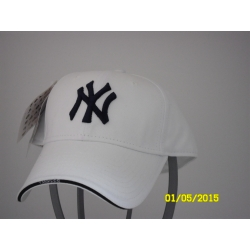 BASEBALL NY YANKEES  UFFICIALLY LICENSED